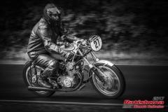 Honda CB 77BJ:  1963, 350 ccmFranz Huber, SaalStartnummer :  027