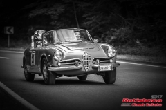 Alfa SpiderBJ:  1962, 1300 ccmAldo Cota, ManchingStartnummer :  051