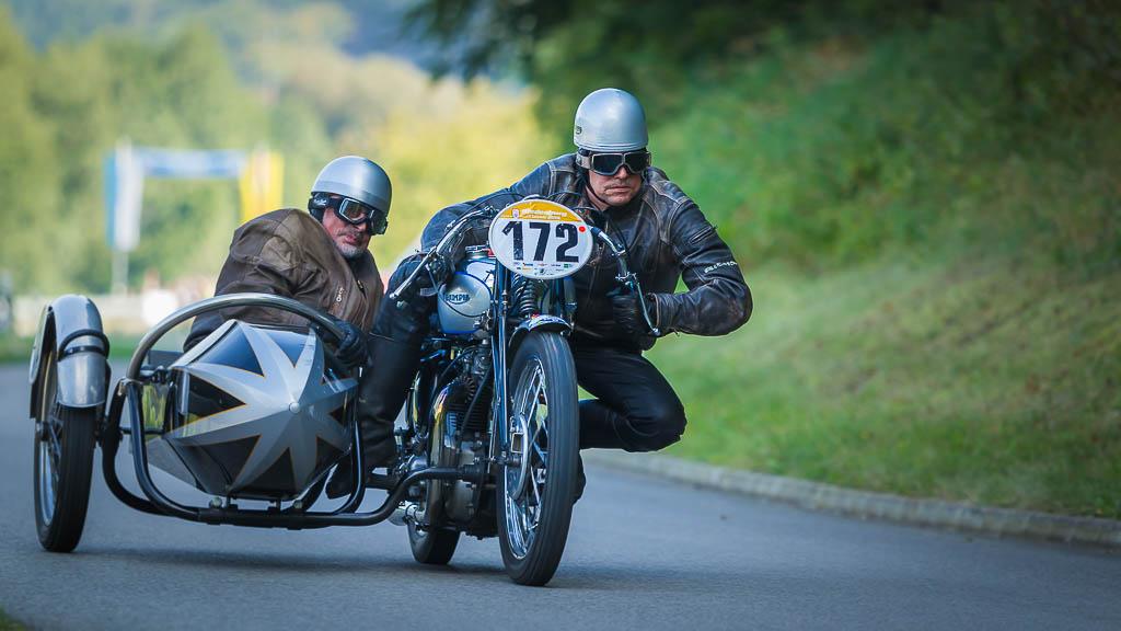 Triumph T 100 Gespann BJ: 1939, 500 ccm Wolfgang Aumüller, München Josef Aumüller, Regensburg fallback